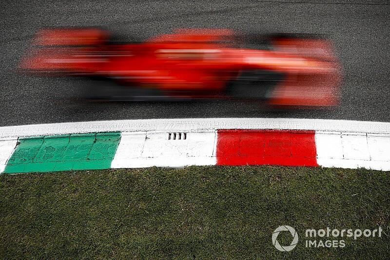 Pontosan emiatt kaphatta fel a vizet Vettel Monzában: videó