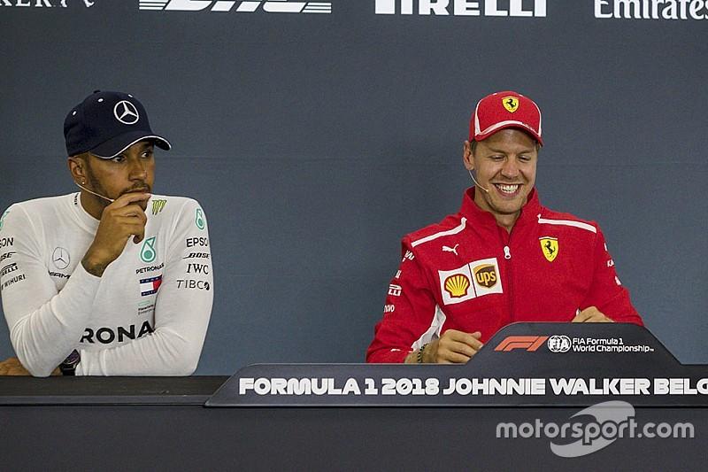 """Whiting amusé par les commentaires de Hamilton sur les """"astuces"""" Ferrari"""