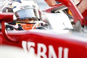 F2 Sochi: De Vries Pole, Gelael huni grid ke-15