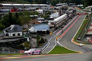 Porsche-Supercup: Start-Ziel-Sieg für Porsche-Junior Preining