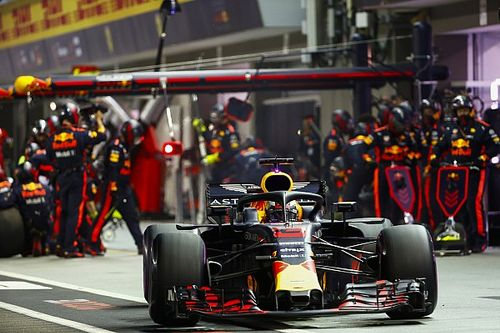 How to make F1 strategies interesting