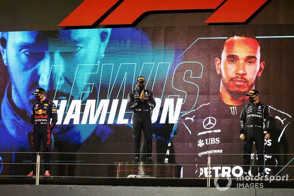 """Hamilton: Bahrain win a """"chance to prove people wrong"""""""