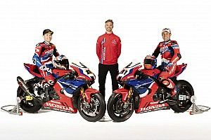Honda takes covers off 2021 World Superbike challenger