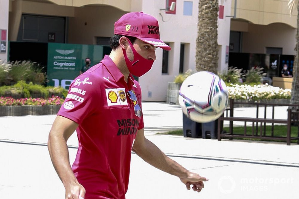 """Sainz quiere """"ser consciente en cada carrera"""" de que corre con Ferrari"""