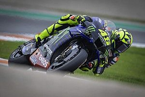 "Rossi punge: ""Non so se Yamaha mi ascolta..."""