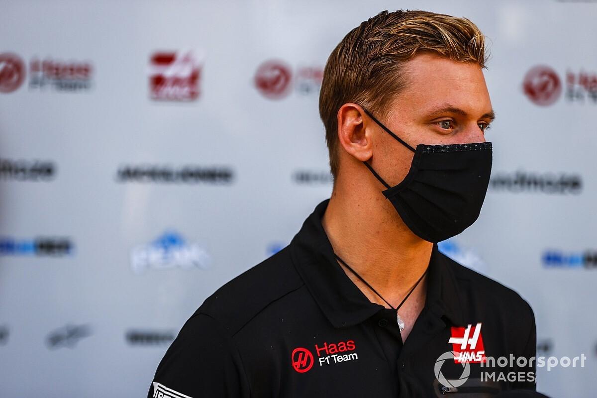 """Schumacher: """"Çok çılgınca ve zevkli bir sürüştü!"""""""