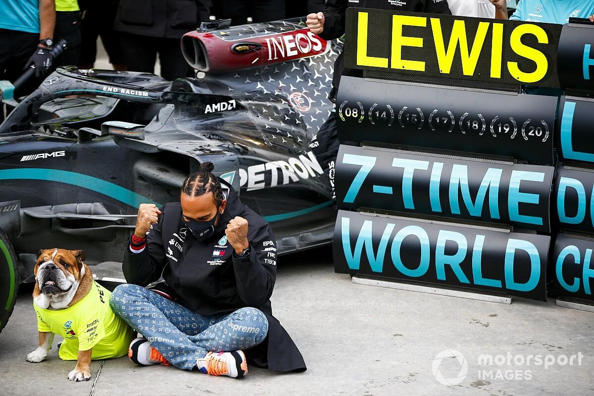 Galeri: Hamilton'ın şampiyonluk kutlaması