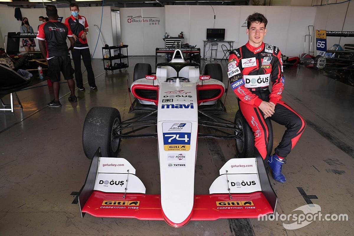 F3 Asya Dubai 2. yarış: Zhou yine kazandı, Cem dokuzuncu oldu