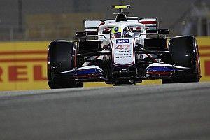 Schumacher: divertido pensar que compito contra rivales de mi padre