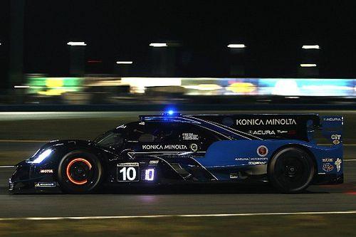 Daytona, 12a Ora: la Acura passa al comando