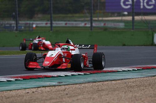 Vallelunga, Gara 2: Vesti guida la tripletta Prema davanti a Fittipaldi e Caldwell