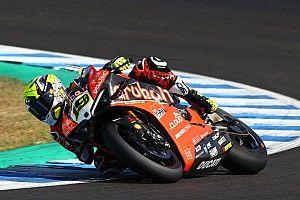 Bautista arranca mandando en Jerez y Baz se cae en la vuelta de Ten Kate