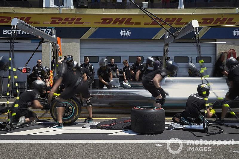 Mercedes поменяла тактику Хэмилтона в момент выезда автомобиля безопасности