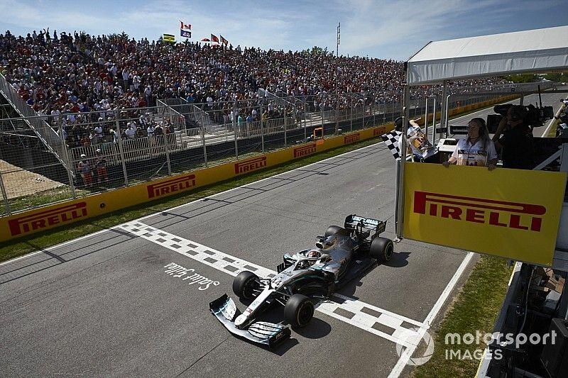 La Bandiera a scacchi batte il pannello: la F1 torna al passato