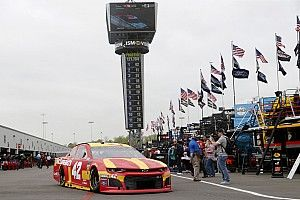 Larson inicia al frente en Richmond y Suárez en 6°