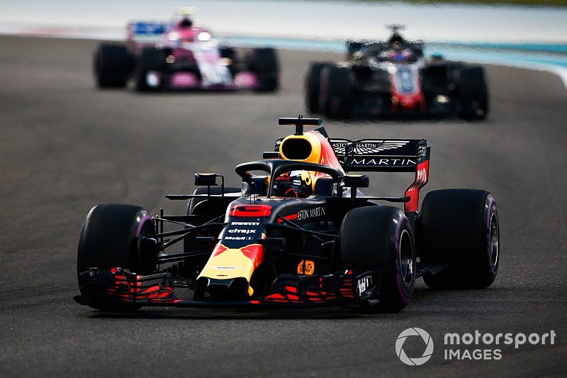 "Red Bull's late season surge ""confusing"" - Ricciardo"