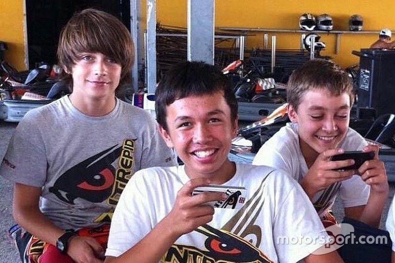 Russell felicita a Albon y resalta a la generación de pilotos jóvenes