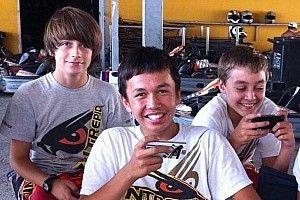 Russell relembra tempos de kart com Albon e Leclerc