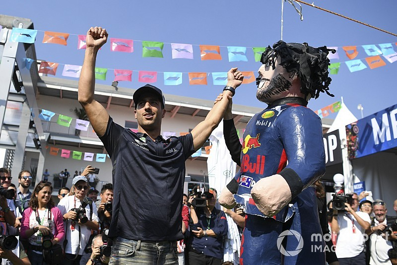 """Ricciardo: """"Non ho un motore diverso da Max, in Messico voglio vincere"""""""