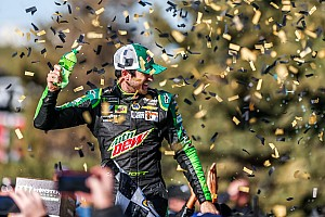 Chase Elliott snags Kansas win; four more playoff drivers eliminated