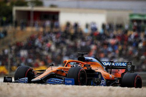 """Sainz: """"Pist sınırları, F1 pistlerinin yanlış yönde ilerlediğini gösteriyor"""""""