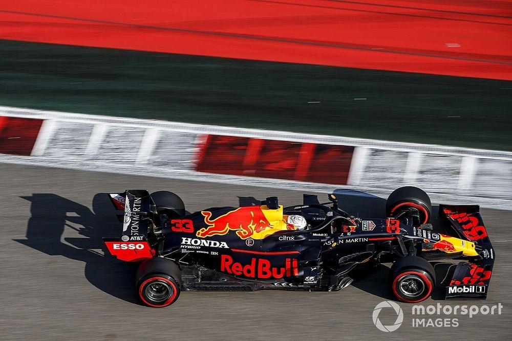 """Verstappen: """"Renault'yu sıralama turlarında mağlup etmek zor olacak"""""""