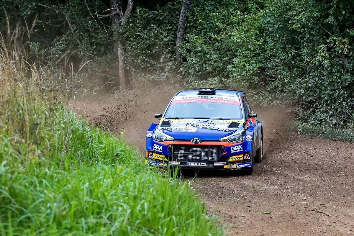 Huttunen i Lukka samodzielnymi liderami WRC 3
