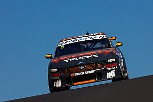 Bathurst 1000: Holdsworth takes provisional pole