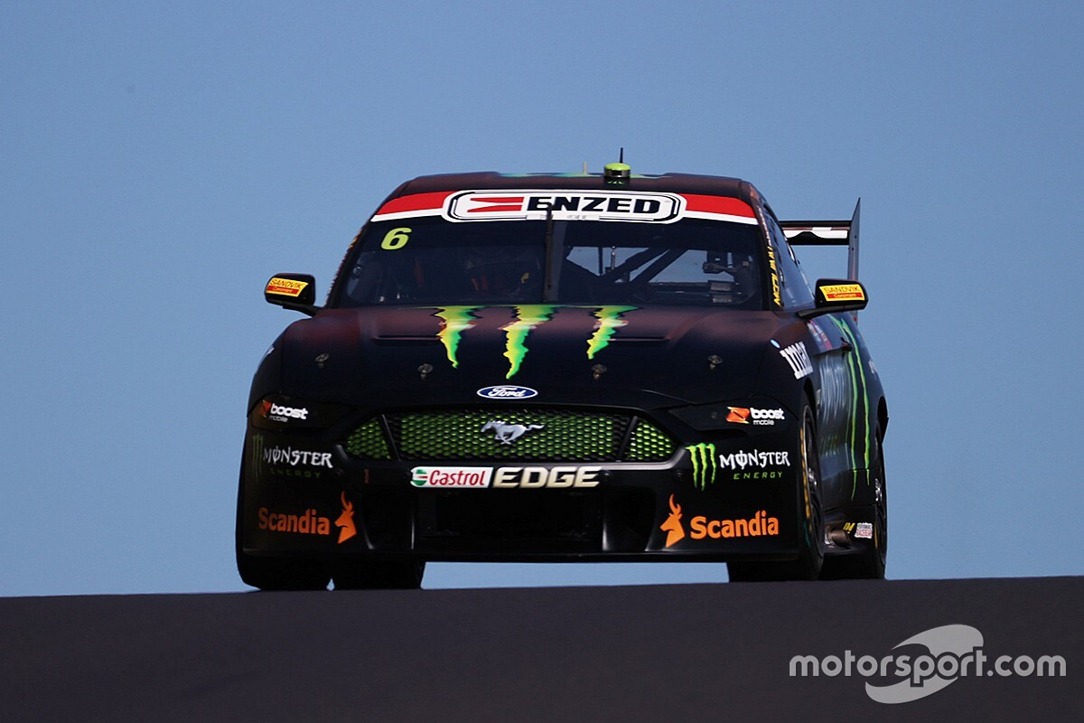 Bathurst 1000: Waters fastest, Penske and Triple Eight cars clash