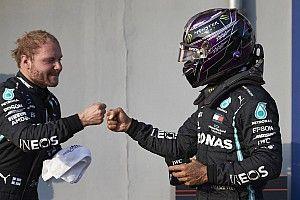 """Hamilton looft mentaal sterke Bottas: """"Hij klaagt en zeurt nooit"""""""