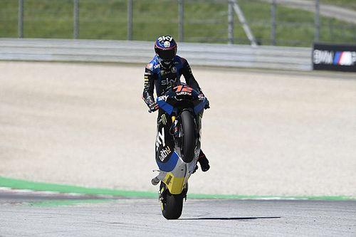 Moto2 - Estiria: Bezzecchi gana tras una sanción a Martín