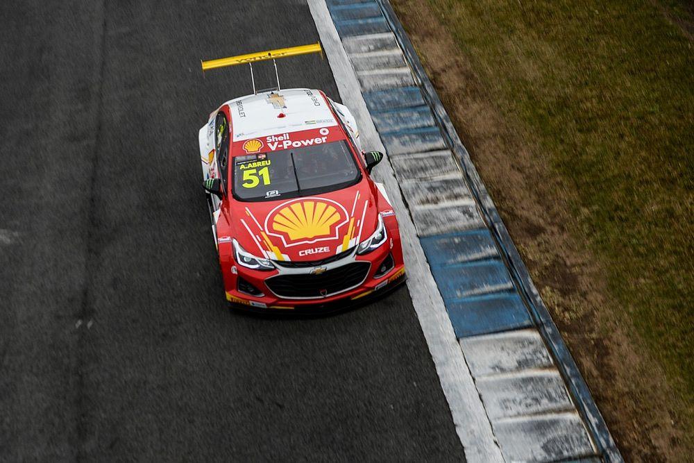 Stock Car: Átila Abreu vence corrida 2 em Curitiba após Lapenna ficar sem combustível