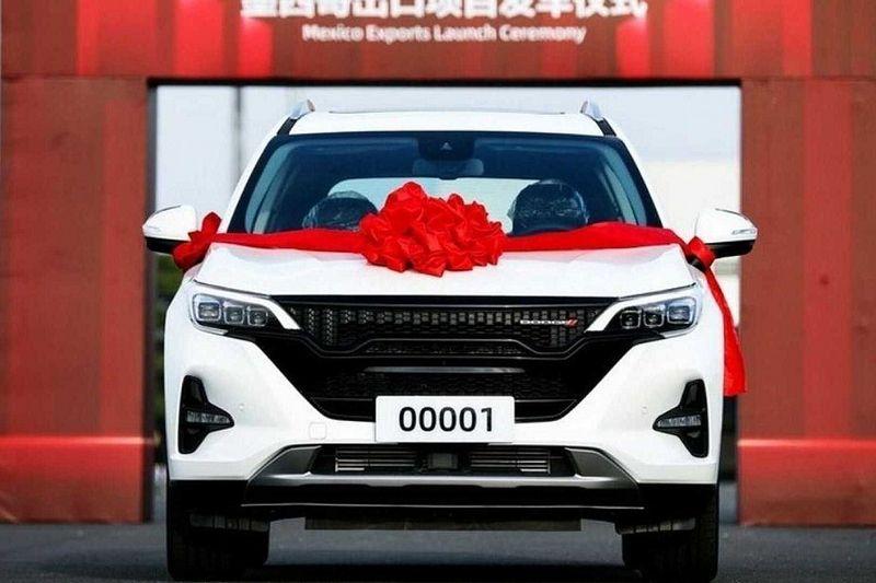 Novo Dodge Journey 2022 agora é chinês e já está sendo produzido