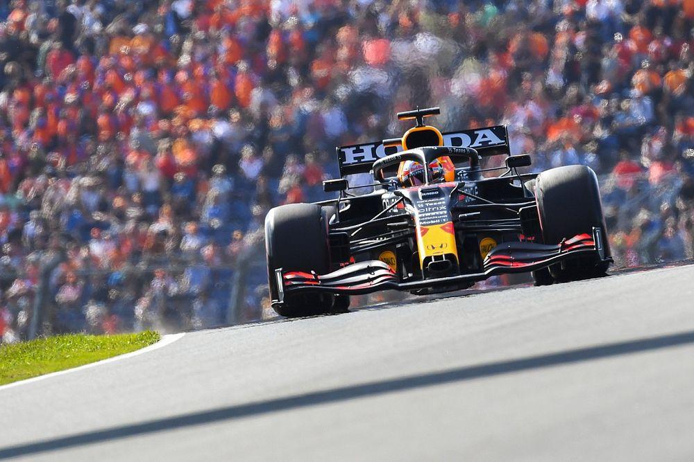 F1, Zandvoort, Libere 3: Verstappen in fuga, Sainz sbatte