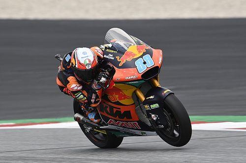 Zware crash ontsiert Moto2-race Oostenrijk, Martin wint na herstart
