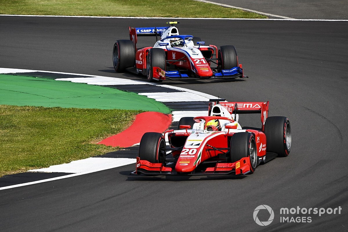 Шумахер поверил в победу над Шварцманом