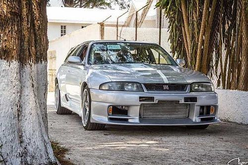 Mutatjuk az egyetlen Nissan Skyline GT-R R33-at, amit kombivá alakítottak