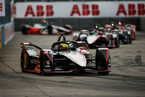 Rowland logra su primera victoria en la Fórmula E