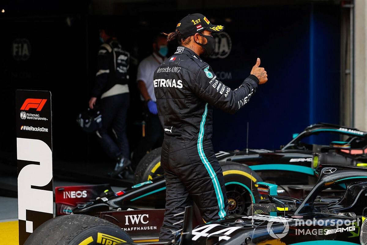 Hamilton: Nem mondanám, hogy kisebb kihívást jelent, ha az élről rajtolok