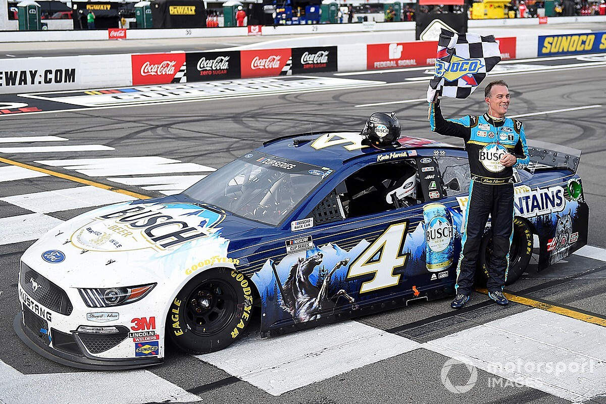 Harvick tops Hamlin in first of Pocono Cup doubleheader