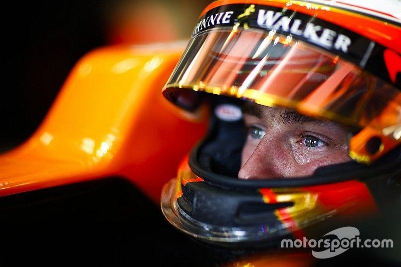 McLaren: Vandoorne held back by junior career driving style