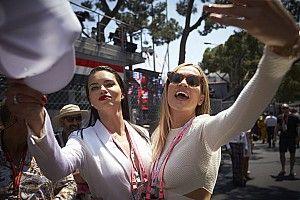 """Button kiáll a nők mellett: """"Ó, Carmen..."""""""