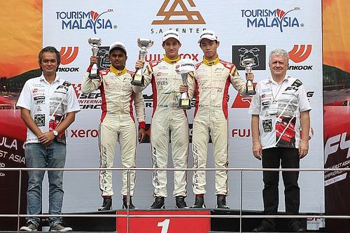 Sepang F4: Gowda claims three podium finishes, Nalwalla scores points