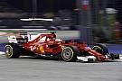 Így vágta oda a falnak Vettel a Ferrarit