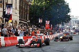 F1開幕直前イベントがメルボルン市内で開催「記念すべき年の開幕を祝う」