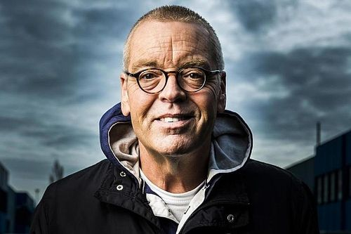 Olav Mol wint Theo Koomen Award 2016 voor beste sportverslag