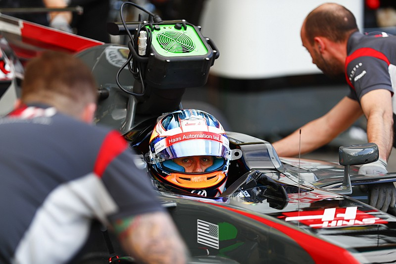 Grosjean hopes new Haas staff will solve 2016 weaknesses