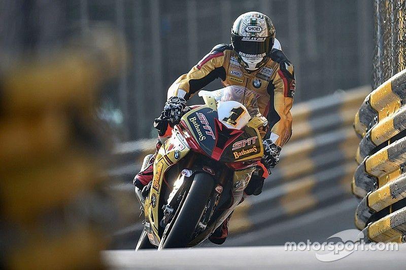 Macau GP: Hickman beats Rutter in bike race thriller