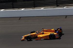 IndyCar Crónica de entrenamientos Vídeo: la destacada actuación de Fernando Alonso el jueves en Indy 500