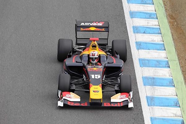 Super Formula Gasly remporte sa première victoire face à Kobayashi